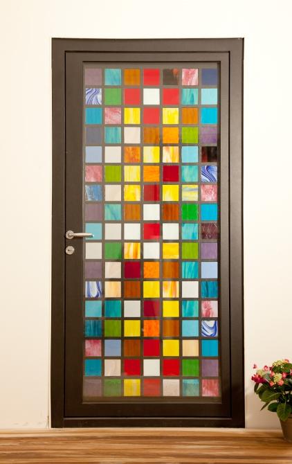 Ușă metalică de exterior Cross Light - uși frumoase din metal cu garanție 25 de ani