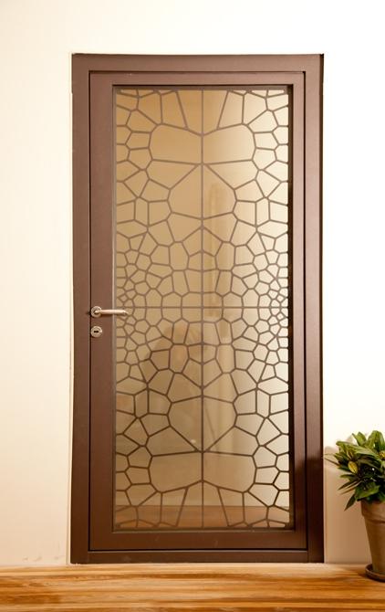 Ușă metalică de exterior Cells - uși frumoase din metal cu garanție 25 de ani